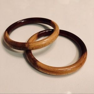 Jewelry - Vintage wooden bangles
